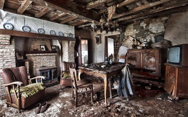 interior-old-table-armchair-room-design-ruins-apocalyptic-background-229104