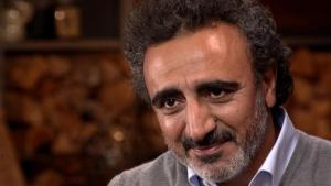 Chobani founder stands by hiring refugees