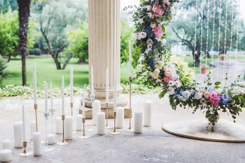 Wedding decorations with a lot of candles