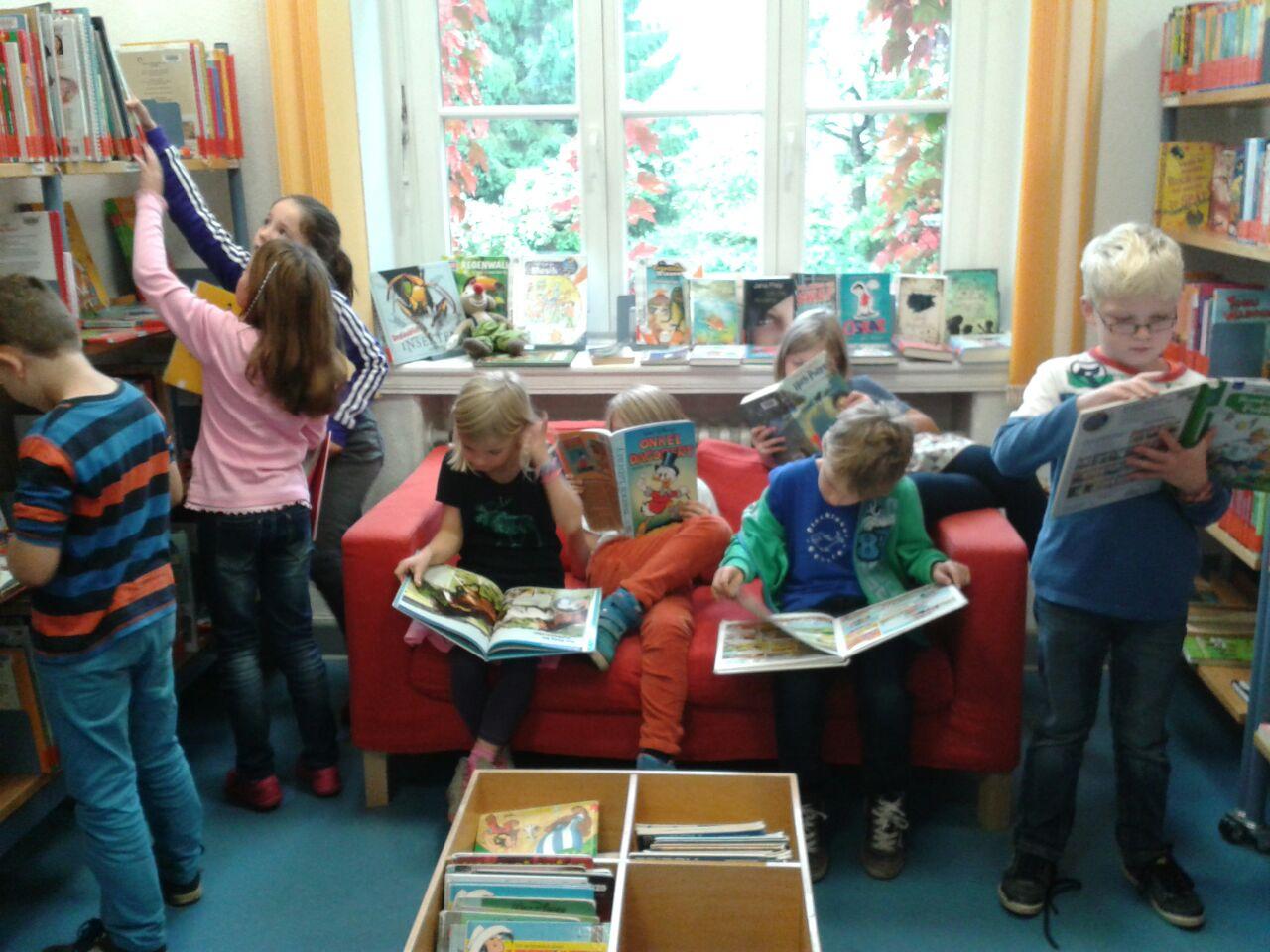 Büchereibesuch der 2b