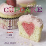 oliver_bonas_book_bake_it_in_a_cupcake__860291