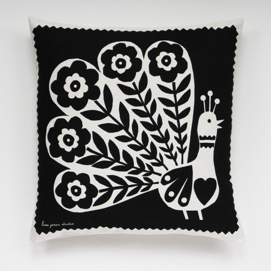 peacock_cushion