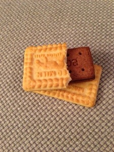 Biscuit breaks