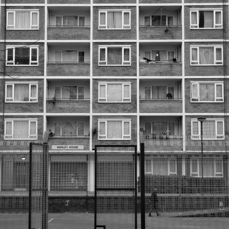 Notting Hill po drugiej stronie lustra. Historia Notting Dale i londyńskiego Avernusu.