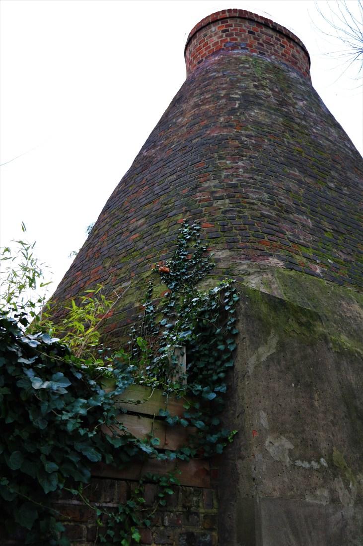Piec do wypalania cegły-tile kiln-Walmer Road-Pottery Lane-Londyn