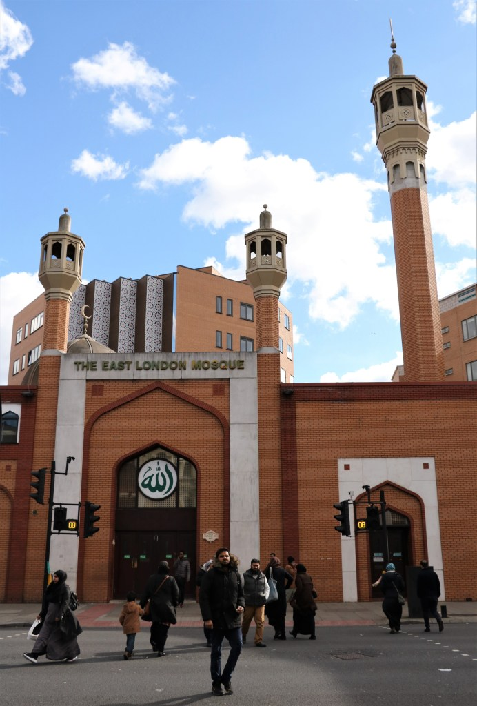 The-East-London-Mosque-Whitechapel-Road-London