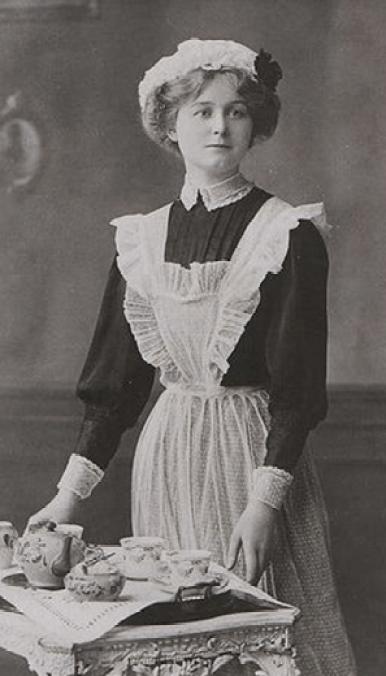 Wiktoriańska-pokojówka-19-wiek-Anglia