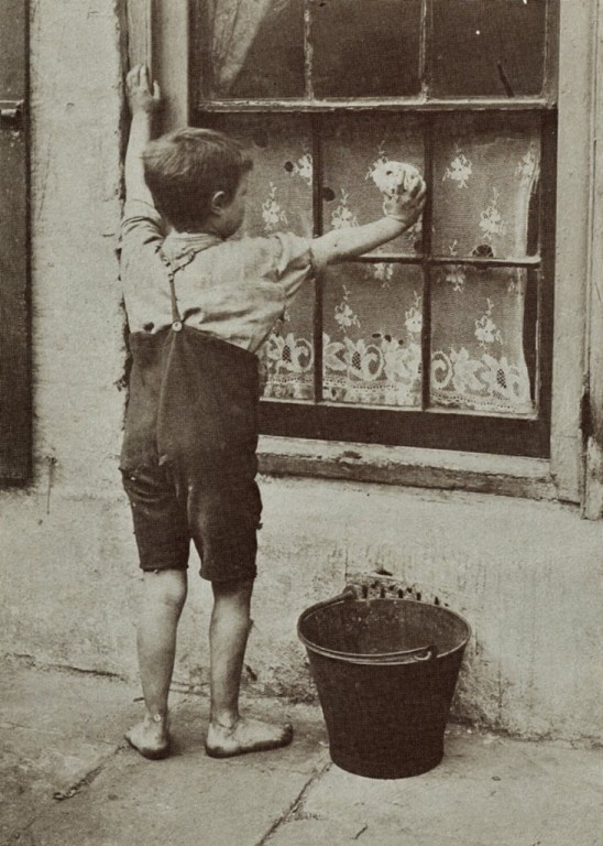 Pomocnik-domowy-praca-dzieci-Londyn-19-wiek