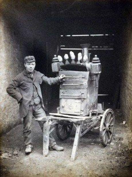 sprzedawca-pieczonych-ziemniaków-dieta-biedoty-miejskiej-wiktoriański-Londyn