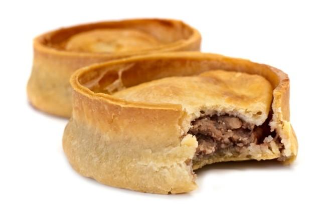 placki-z-mięsem-mielonym-meat-pie-dieta-biedoty-miejskiej-wiktoriański-londyn