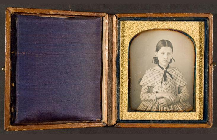 daguerreotype-photograph-young-woman