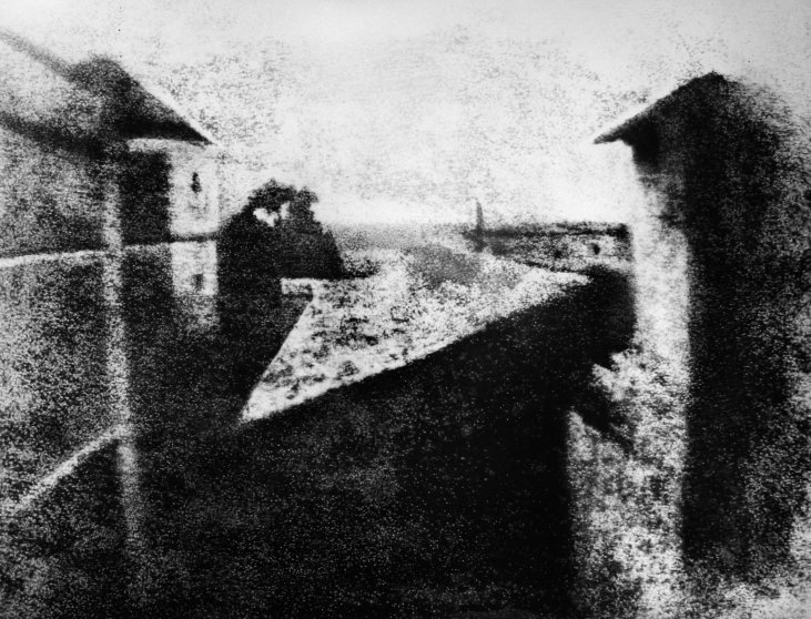 joseph-nicephore-niepce-first-ever-photograph-1826-1827