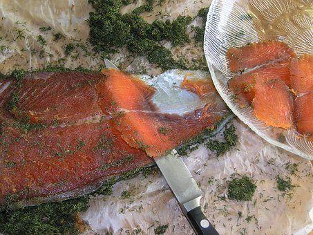 時鮭と秋鮭(新巻鮭)の違いと基準