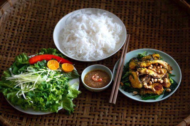米は炊くと何倍になる?倍率は?加水量の計算や炊き上がりご飯の重量は?お米一升でご飯はどのくらい?