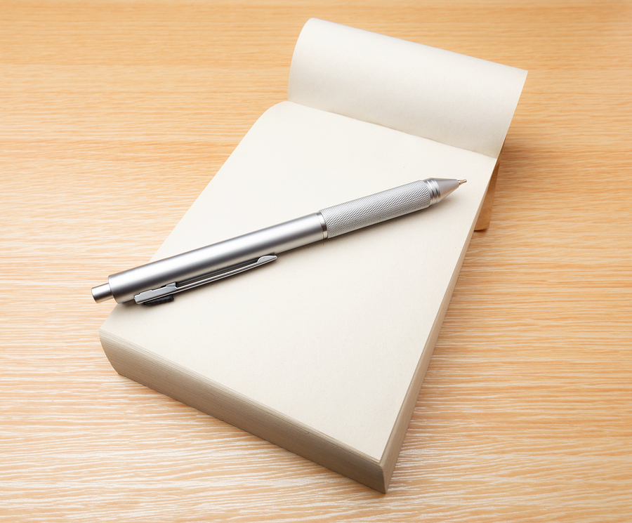 2 a notepad and pen - What Should You Take To A Job Interview What To Bring And What Not To Bring