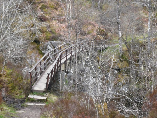 pont en bois dans le Glen Affric