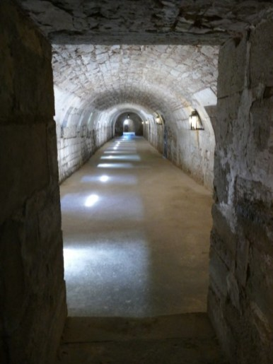 ancienne cuisine du château de Hautefort en Dordogne