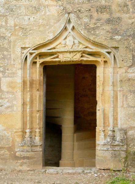 porte - château de Biron en Dordogne