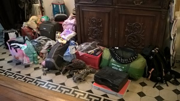 valises après un long voyage