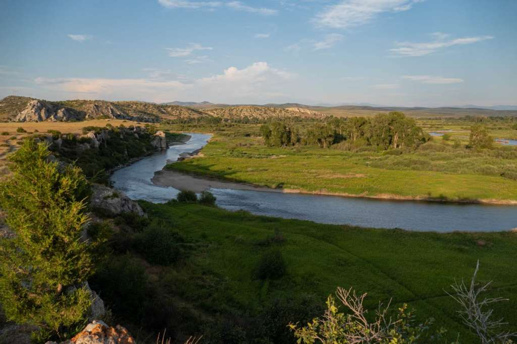 la gallatin river au niveau de missouri headwaters