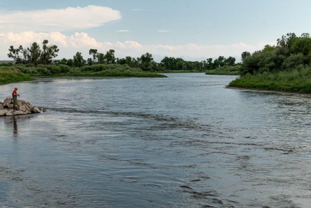 Pêcheur-sur-la-Madison River