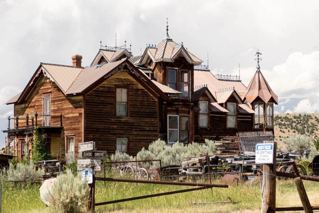 manoir-nevada-city-montana
