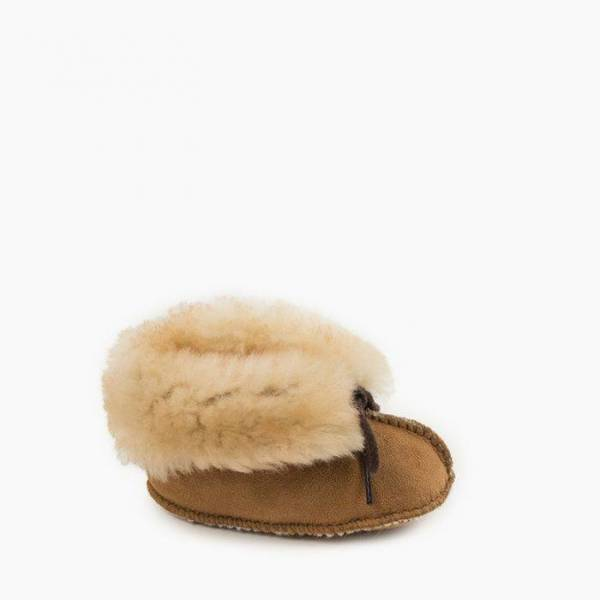 infant sheepskin bootie
