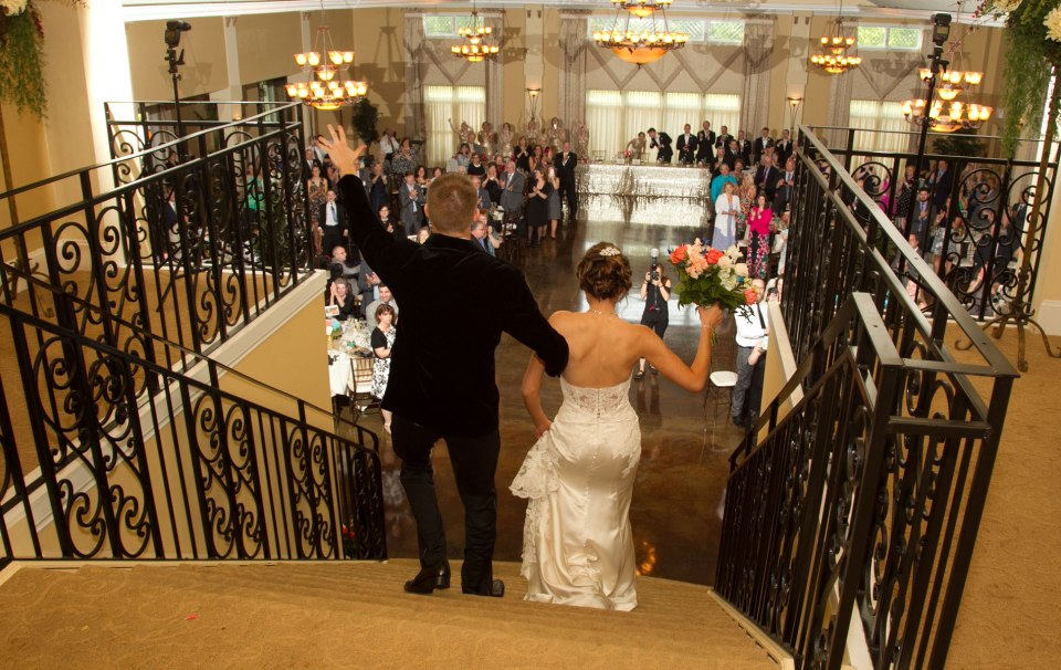 Buffalo-weddings-bride-and-groom-avanti-mansion-(2)