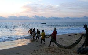 AFRICAN FISHING COMMUNITIES