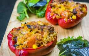 STUFFED PEPPERS WITH RICE AND BARBEQUE MACKEREL