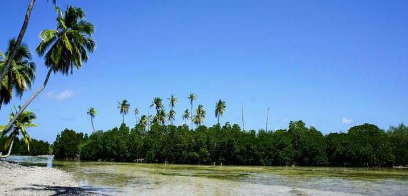 MALDIVES RESORTS COMMIT