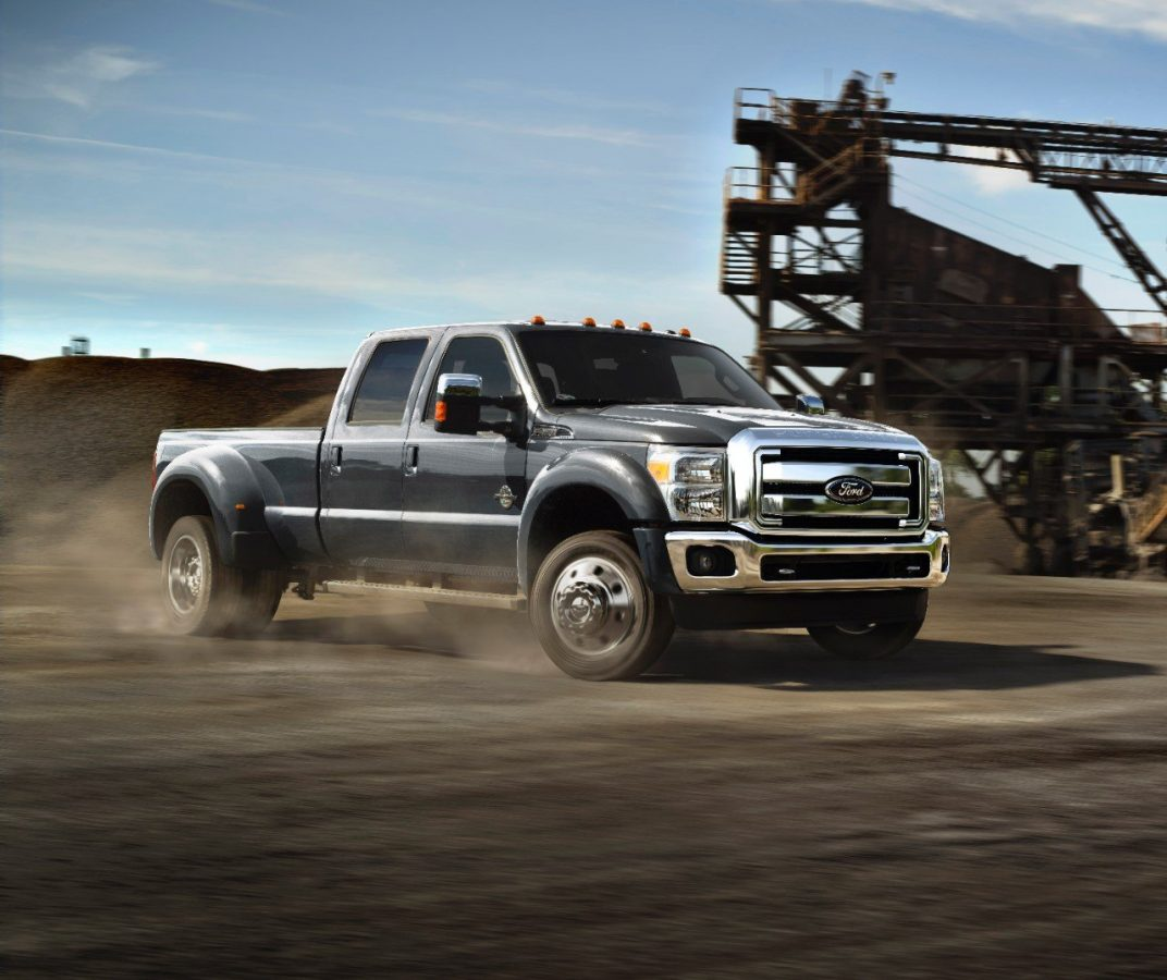 2015 Ford Super Duty boasts best-in-class horsepower, torque and tow capacity
