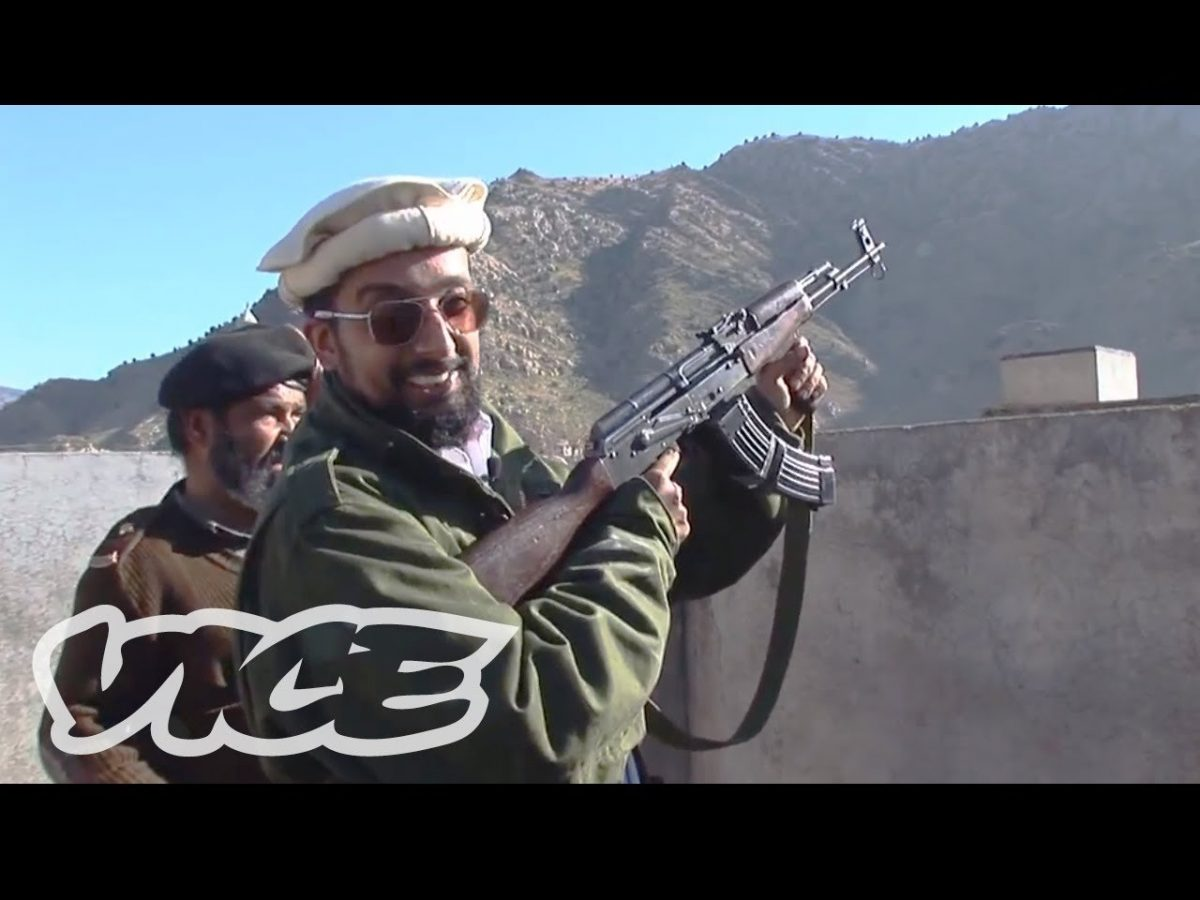 Inside Pakistan's Handmade Gun Factories [video]