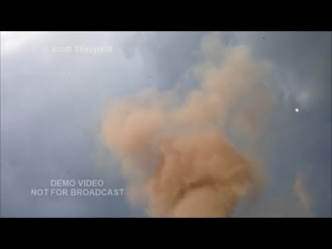 Storm Chaser Pulls Over to Record Gathering Clouds…Then Gets the Shock of His Life