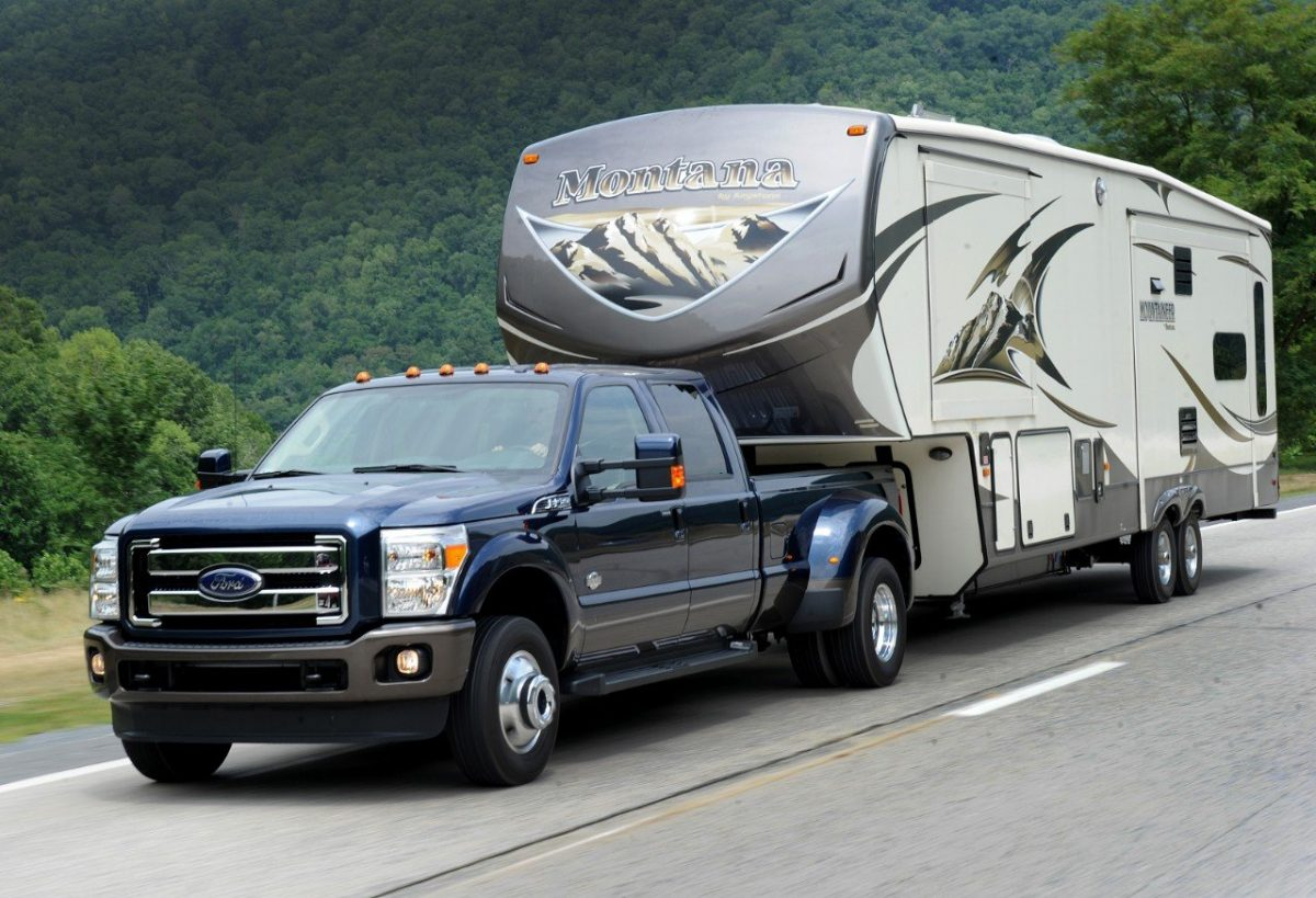2015 F-350 with RV using factory-installed gooseneck