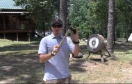 How to Throw a Tomahawk [VIDEO]