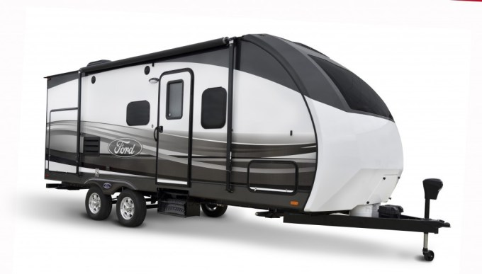 FORD Travel Trailer Exterior(1)