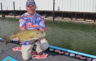 Smallmouth Show Down