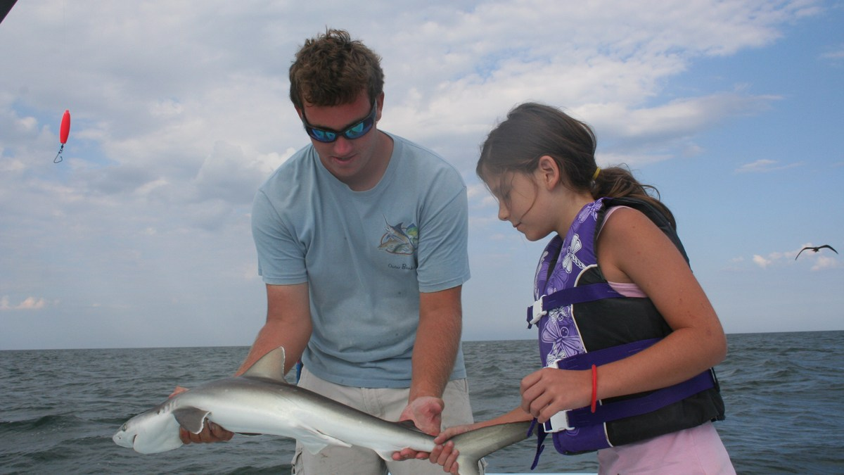 shark fishing with float