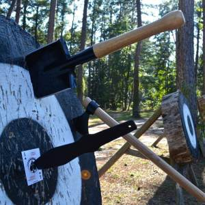 Cold Steel Throwing Equipment