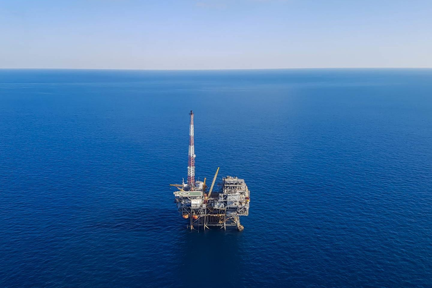 An aerial view of an oil rig in the Gulf of Mexico