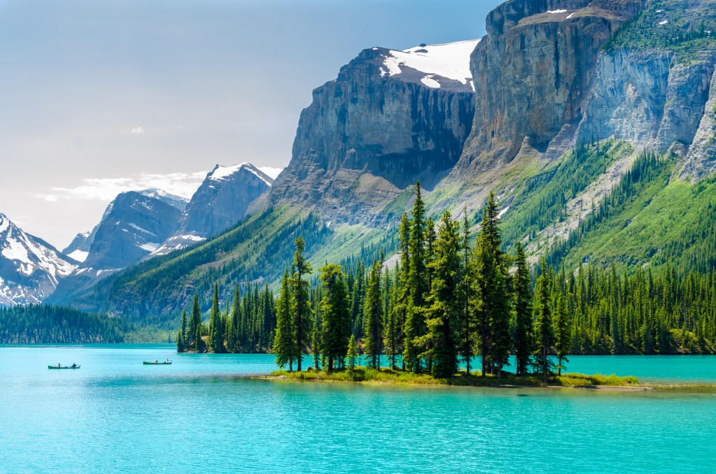 A beautiful scenic view of a lake in British Columbia