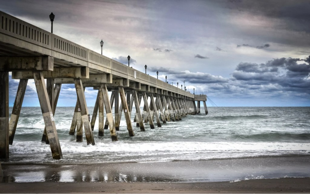 Johnnie Mercers Fishing Pier, North Carolina