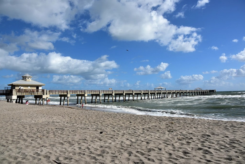 A view from the beach of Juno Beach Fishing Pier
