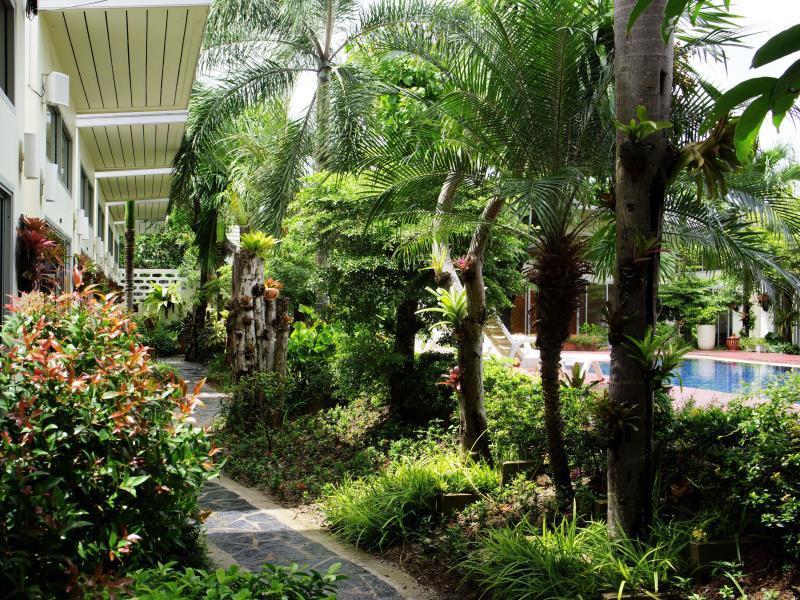 Garden hotel Chalong Phuket