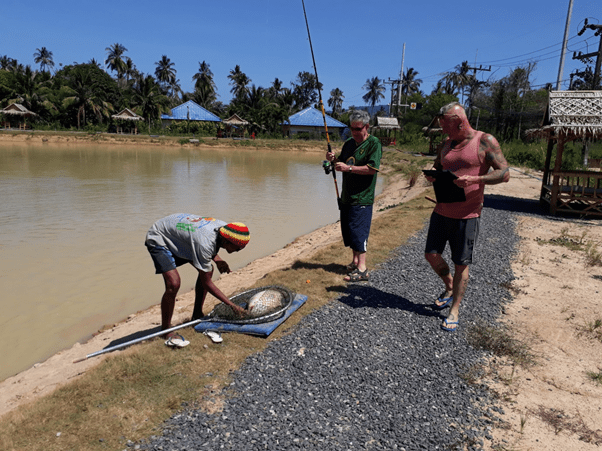 """Chalong Fishing Park – A good sized Carp for """"Islander"""" Will and friend"""