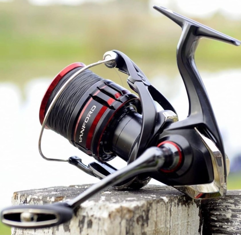 Not only is the Shimano Vanford a really nice looking refined reel... it is feather light and features numerous advancements over the Stradic CI4.