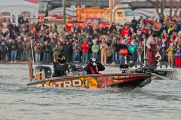 4-time champion KVD sets off during the 2015 Classic. Photo: BASS
