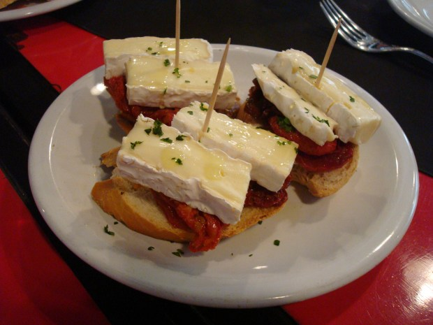 Bruschetta with Brie at Cafe San Juan