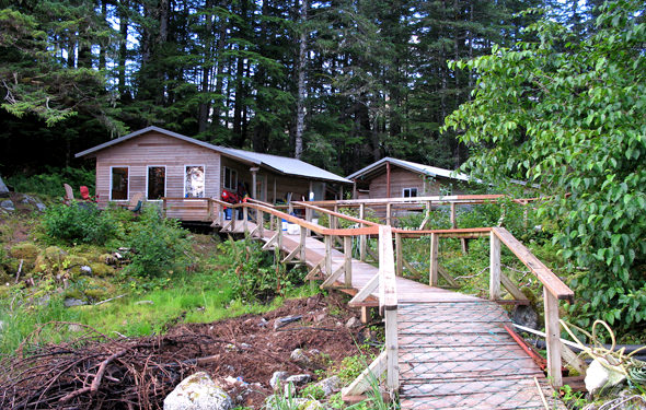 The main lodge at South Passage Outfitters